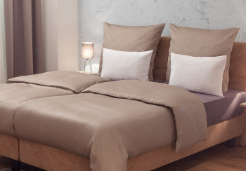 Bed linen coloured